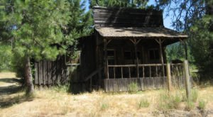 What You'll Discover In These 8 Deserted Oregon Towns Is Truly Grim