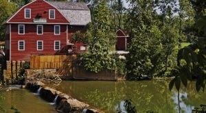 9 Incredible Waterfront Restaurants Everyone In Arkansas Must Visit