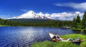 This Little Known Lake In Oregon Will Be Your New Favorite Summer Destination