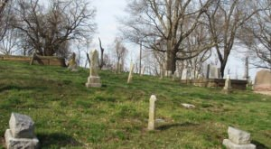 These 8 Haunted Cemeteries In Missouri Are Not For the Faint of Heart