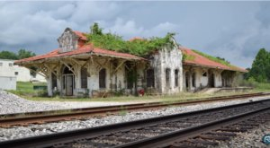 This Timelapse Footage Of An Abandoned Railroad Station In Alabama Is Eerily Beautiful
