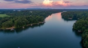 An Aerial Photographer Captured This Popular Lake In Virginia From A Whole New Angle