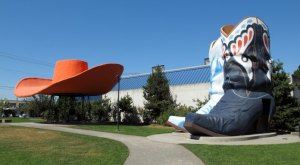 10 Bizarre Roadside Attractions In Washington That Are Fascinatingly Weird