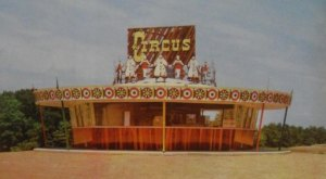 This Retro Drive-In In New Jersey Will Make You Feel Like A Kid Again