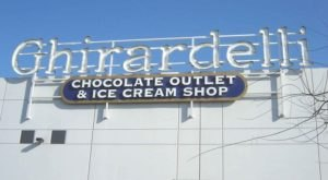 A Trip To This Epic Ice Cream Outlet In Northern California Will Make You Feel Like A Kid Again
