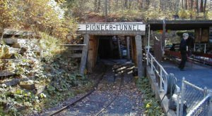 This Ride Through An Old Coal Mine In Pennsylvania Will Take You Back In Time