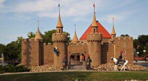 Most People Don't Know These 5 Castles Are Hiding In South Dakota
