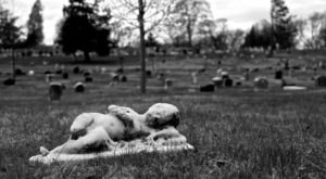 5 Disturbing Cemeteries In New York That Will Give You Goosebumps