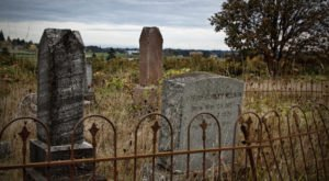 Here Are The 10 Best Places To Spot A Ghost In Oregon