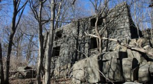 These Hidden Ruins In New Jersey Are All That Remain Of A Breathtaking Manor