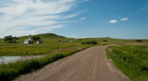 Take This Road Trip Through North Dakota's Most Picturesque Small Towns For A Charming Experience