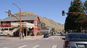 8 Wyoming Mountain Towns Where You Can Cool Off This Summer