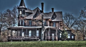 The History Of This Victorian Mansion In New York Is Truly Twisted