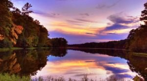 You'll Definitely Want To Explore Alabama's Largest State Park Before Summer Ends