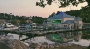 8 Alabama Restaurants Right On The River That You're Guaranteed To Love