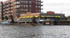 Enjoy These 10 Wisconsin Restaurants You Can Drive Your Boat Up To