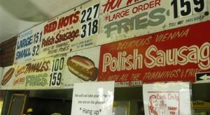 These 5 Illinois Hot Dog Stands Have Stood The Test Of Time