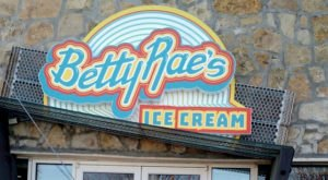This Tiny Shop In Missouri Serves Ice Cream To Die For