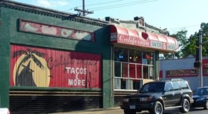 21 Places To Get Tacos That Are Out Of This World Good In Nebraska