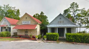 This Remote Restaurant In South Carolina Will Take You A Million Miles Away From Everything