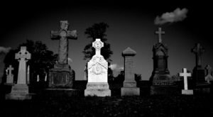 7 Disturbing Cemeteries Around Washington DC That Will Give You Goosebumps