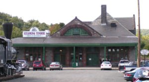 This Train Station In Massachusetts Was Turned Into A Restaurant And You'll Want To Visit