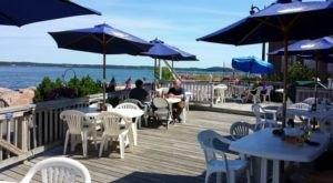 10 Incredible Waterfront Restaurants Everyone In Maine Must Visit