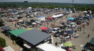 Everyone In Pittsburgh Should Visit This Epic Flea Market At Least Once