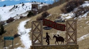 11 Spooky Small Towns In Colorado That Could Be Right Out Of A Horror Movie