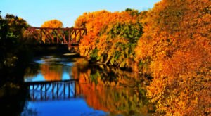 Take A Beautiful Fall Foliage Road Trip To See Nebraska Autumn Colors