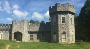 Entering This Hidden Georgia Castle Will Make You Feel Like You're In A Fairy Tale