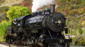 Take This Fall Foliage Train Ride Through Utah For A One-Of-A-Kind Experience