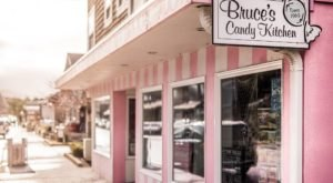 This Neighborhood Candy Store In Oregon Will Make You Feel Like A Kid Again