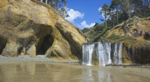 This Short Hike In Oregon Will Lead You To A Spectacular Beach Waterfall