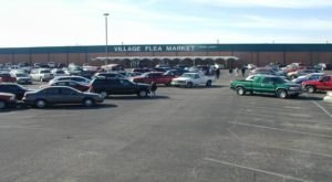 Everyone In Kansas Should Visit This Epic Flea Market At Least Once