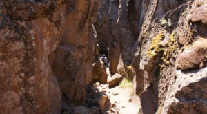 This Epic 2-Mile Hike Will Take You Through A Gorgeous, Little-Known Canyon In Oregon