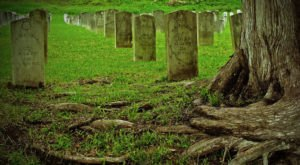 The Story Behind This Haunted Battlefield In Mississippi Is Truly Creepy