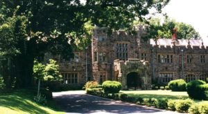 Not Many People Know About This Charming Castle Hiding In Maryland, But They Should