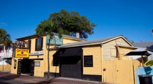 The Story Behind This Haunted Saloon In Florida Is Truly Creepy