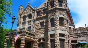 Entering This Hidden Denver Castle Will Make You Feel Like You're In A Fairy Tale