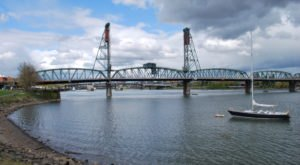 You'll Never Forget A Trip To These 9 Waterfront Spots Around Portland