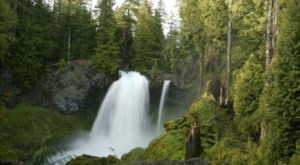 This One Easy Hike In Oregon Will Lead You To Two Amazing Hidden Waterfalls