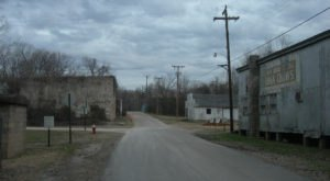 The Spooky Small Town Of Calico Rock In Arkansas Could Be Right Out Of A Horror Movie