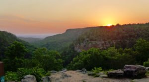 The One Enchanting Place In Arkansas That Must Go On Your Bucket List Immediately