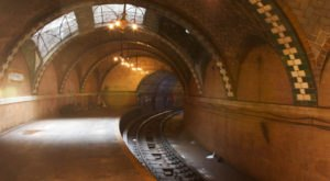 There's A Gorgeous But Abandoned Subway System Hiding Beneath New York