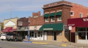 Step Inside This Quaint Nebraska Town With Only One Traffic Light