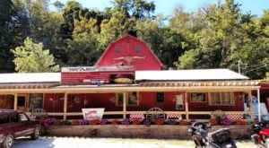 The Indiana Restaurant In The Middle Of Nowhere That's So Worth The Journey