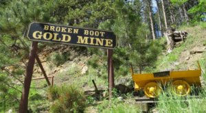 This Tour Through An Old Gold Mine In South Dakota Will Take You Back In Time