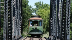 There's A Magical Trolley Ride In North Dakota That Most People Don't Know About