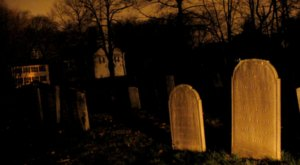 The Story Behind This Haunted Cemetery In Connecticut Is Truly Creepy